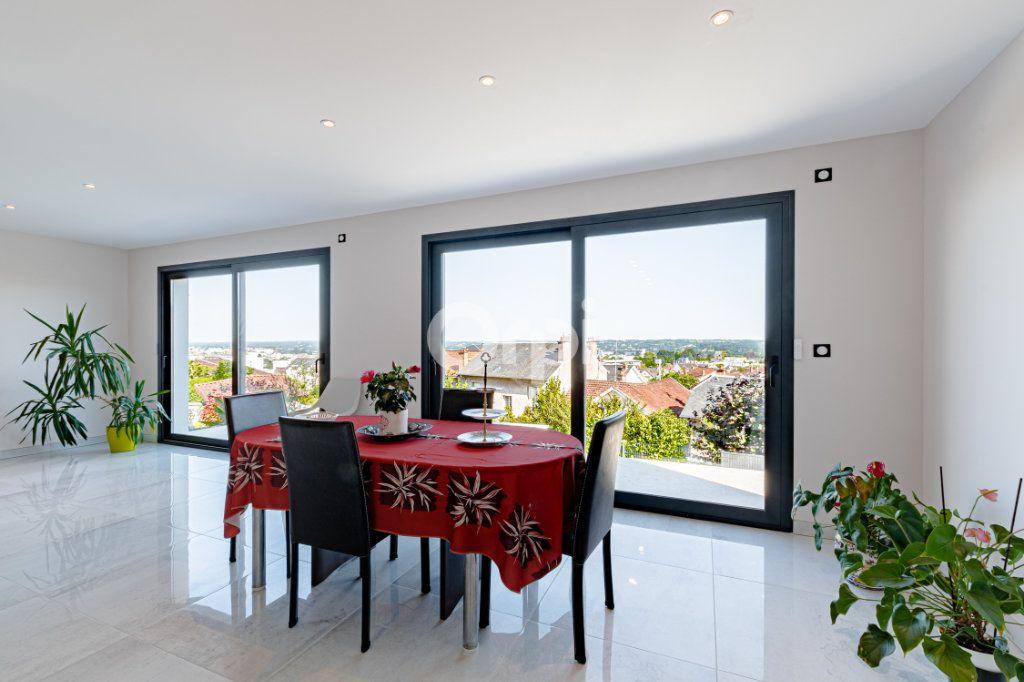 Maison à vendre 7 180m2 à Limoges vignette-1