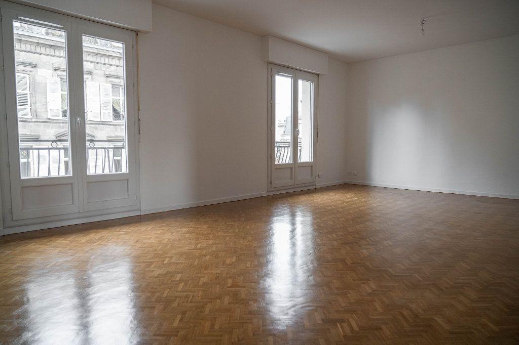 Appartement à louer 3 97.01m2 à Limoges vignette-3