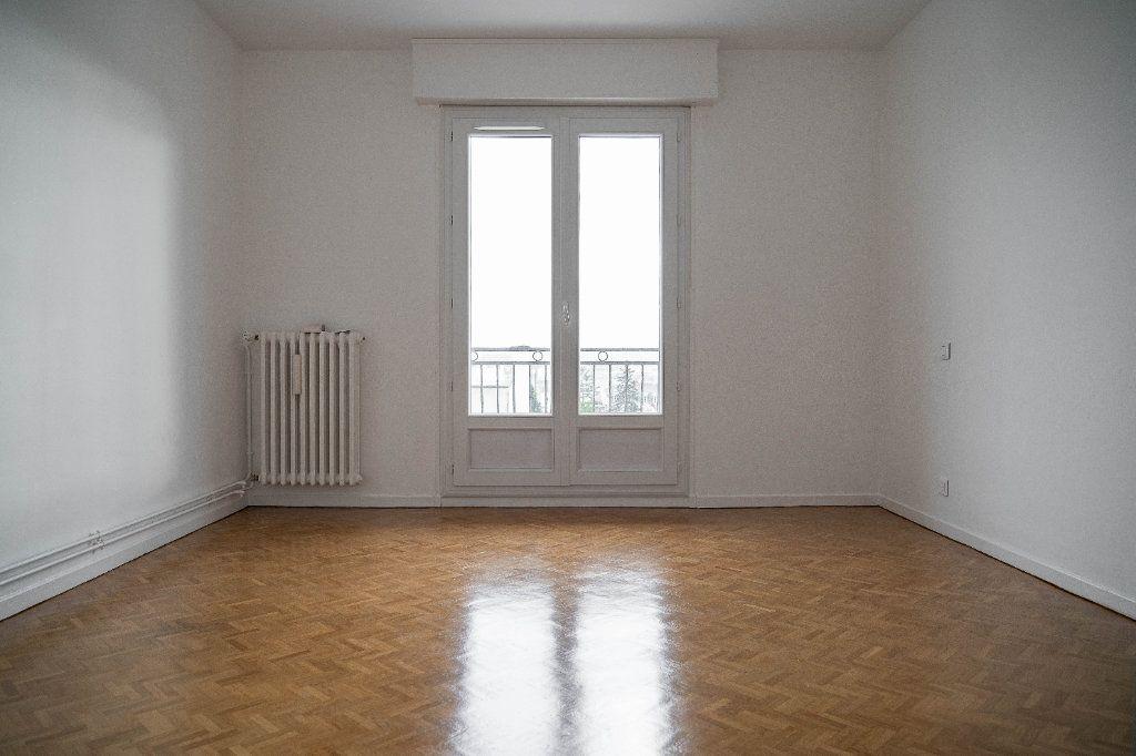 Appartement à louer 3 97.01m2 à Limoges vignette-7