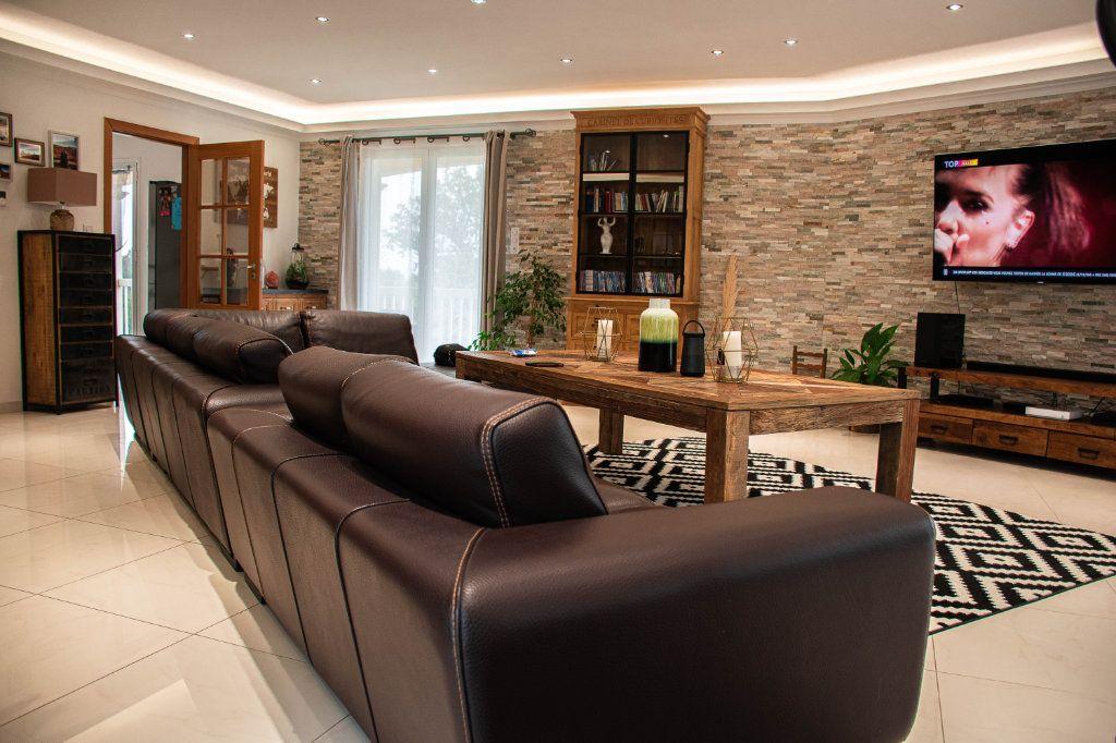 Maison à vendre 7 230m2 à Limoges vignette-4