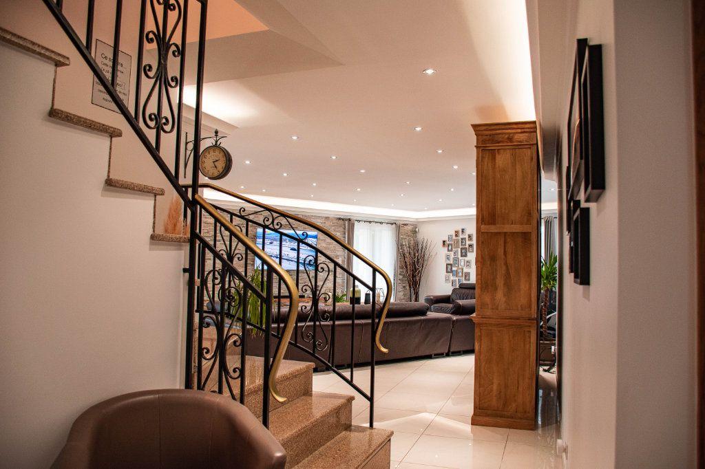 Maison à vendre 7 230m2 à Limoges vignette-9