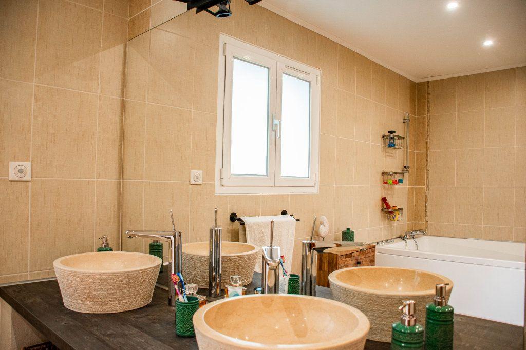 Maison à vendre 7 230m2 à Limoges vignette-15