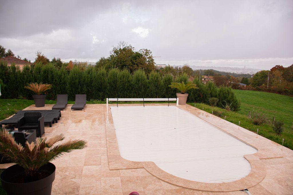 Maison à vendre 7 230m2 à Limoges vignette-17