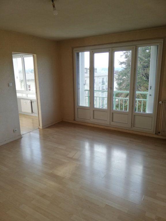 Appartement à louer 1 32m2 à Limoges vignette-2