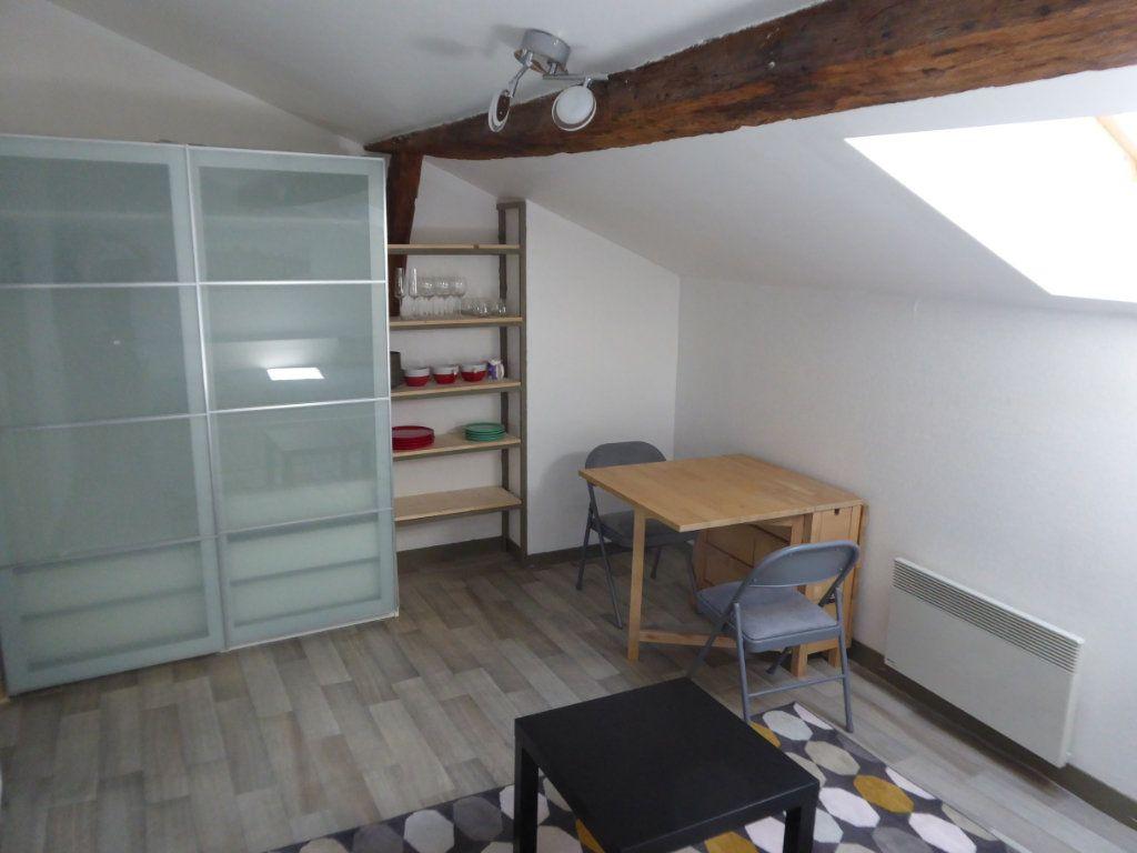 Appartement à louer 1 21.37m2 à Limoges vignette-2