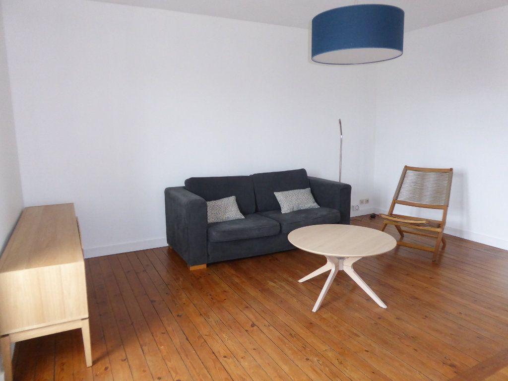 Appartement à louer 3 52.58m2 à Limoges vignette-3