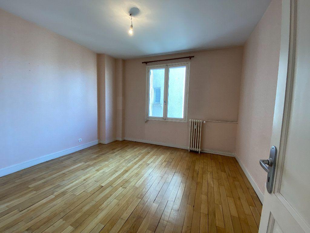Appartement à louer 4 105m2 à Limoges vignette-10