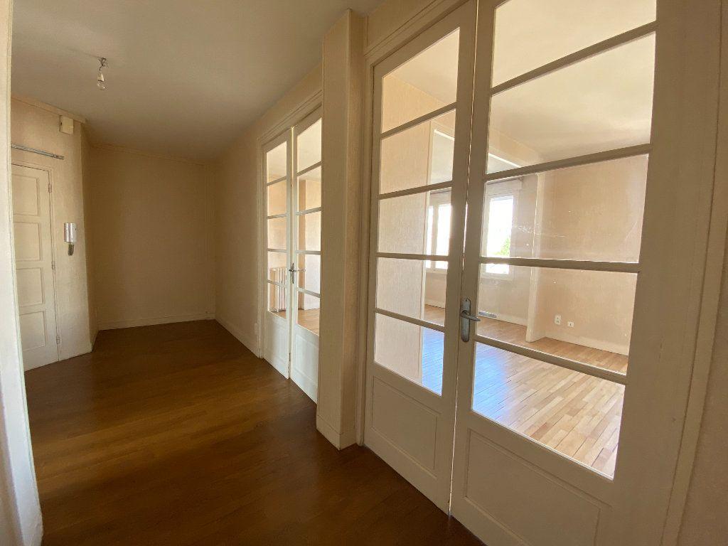 Appartement à louer 4 105m2 à Limoges vignette-11