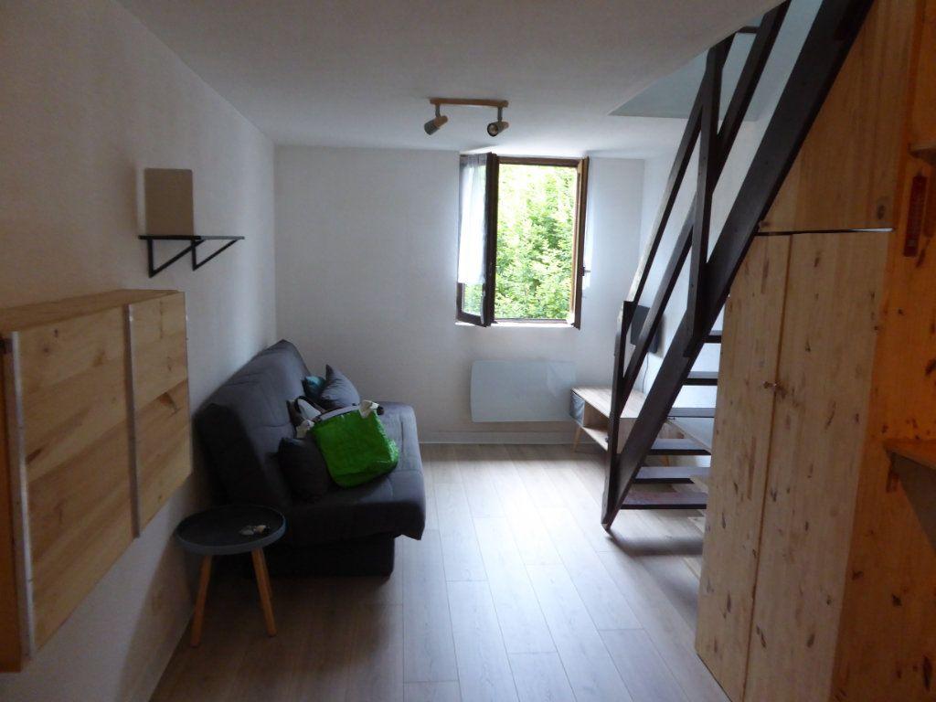 Appartement à louer 2 19.37m2 à Limoges vignette-1