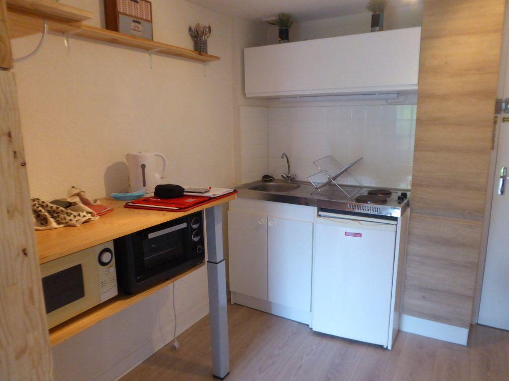Appartement à louer 2 19.37m2 à Limoges vignette-2