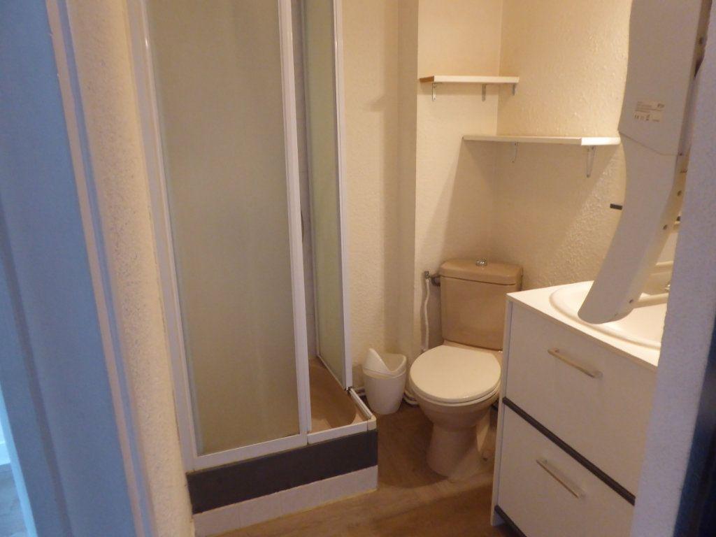 Appartement à louer 2 19.37m2 à Limoges vignette-4