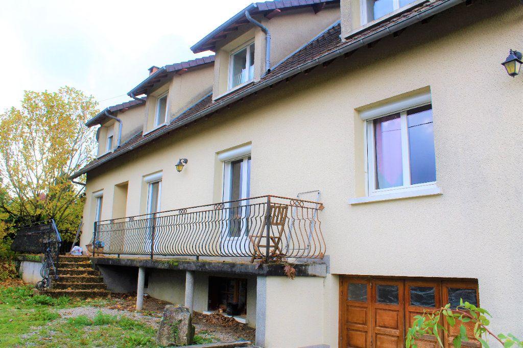 Maison à vendre 8 205.58m2 à Château-Chervix vignette-1