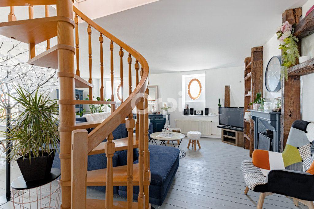 Appartement à vendre 4 83.74m2 à Limoges vignette-2
