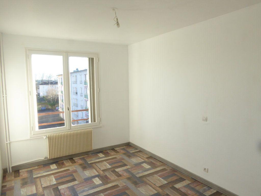 Appartement à louer 2 48.4m2 à Limoges vignette-4