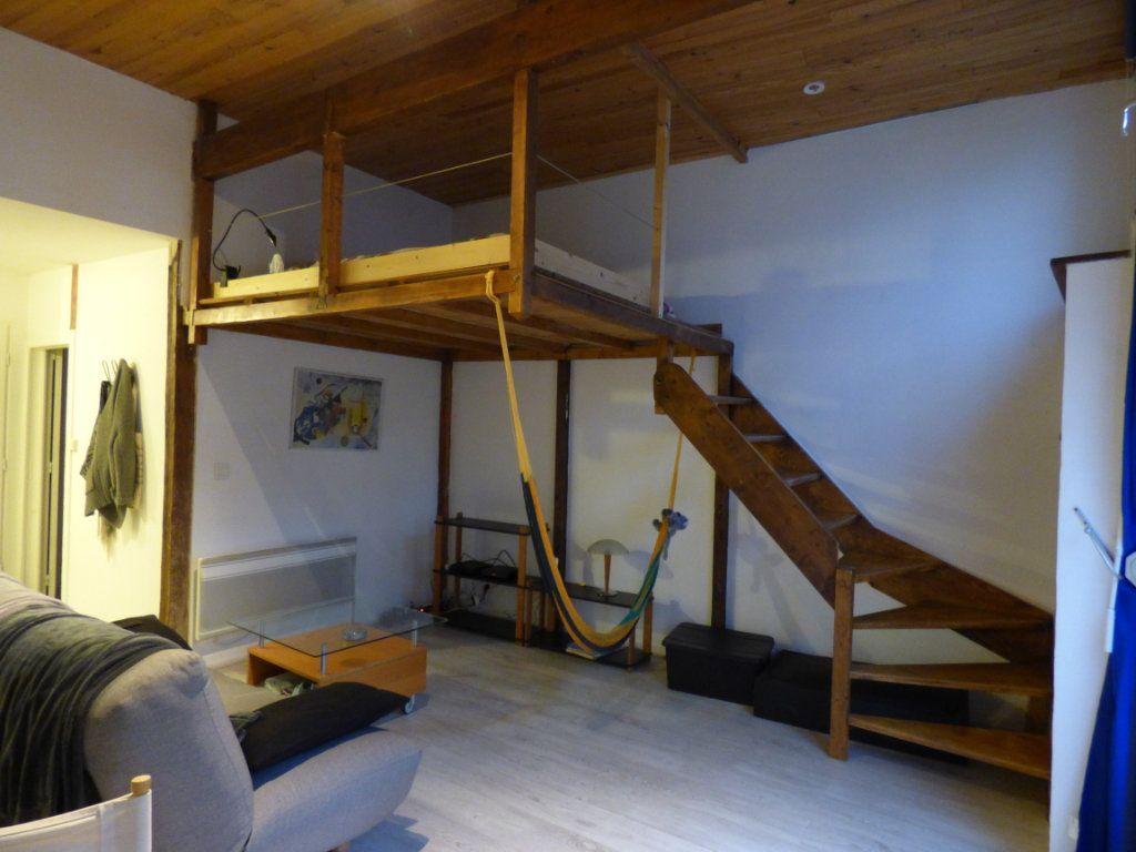 Appartement à louer 1 32.2m2 à Limoges vignette-2