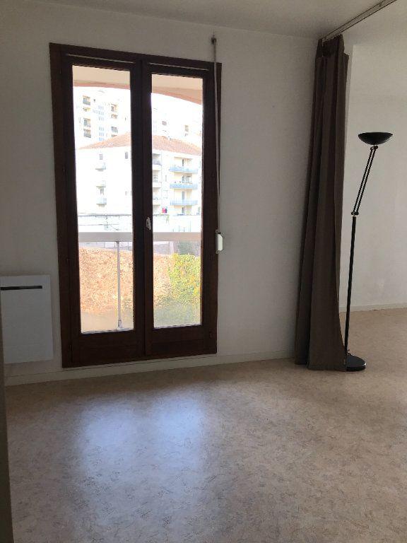 Appartement à louer 1 26.36m2 à Limoges vignette-4