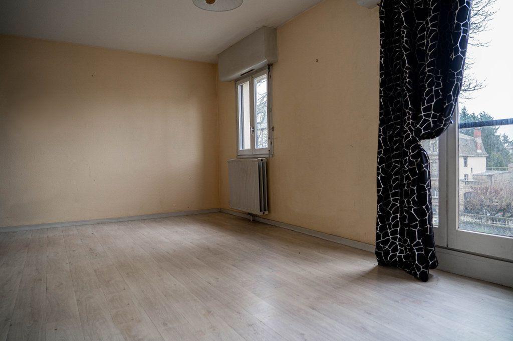 Appartement à louer 3 60m2 à Limoges vignette-4
