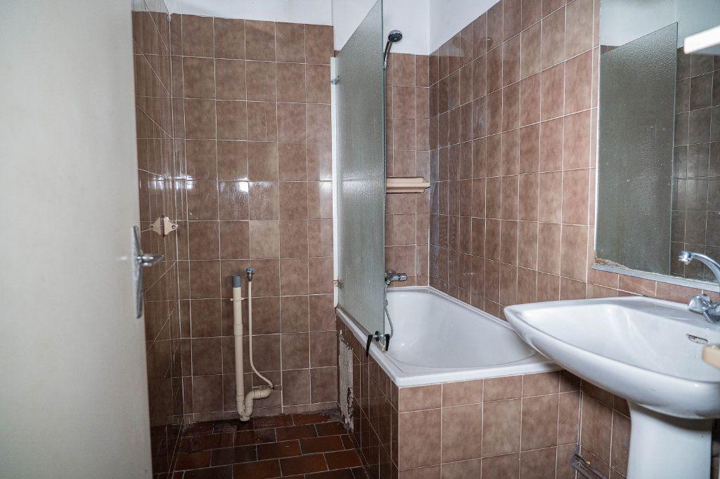 Appartement à louer 3 60m2 à Limoges vignette-7
