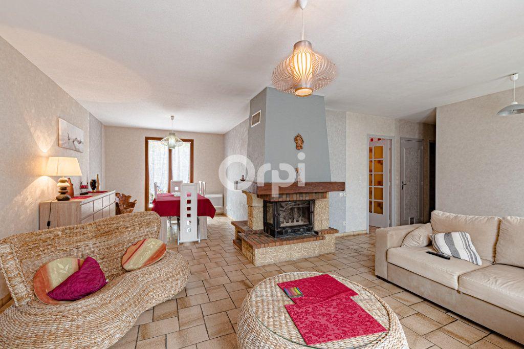 Maison à vendre 5 117.77m2 à Limoges vignette-2