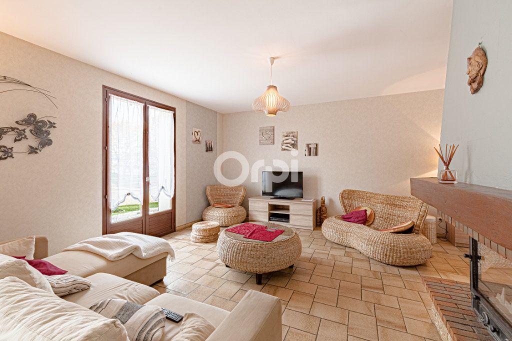 Maison à vendre 5 117.77m2 à Limoges vignette-4