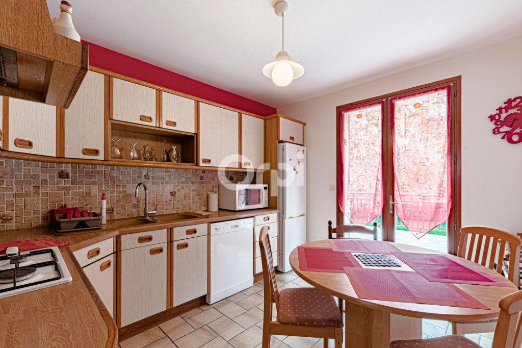Maison à vendre 5 117.77m2 à Limoges vignette-5