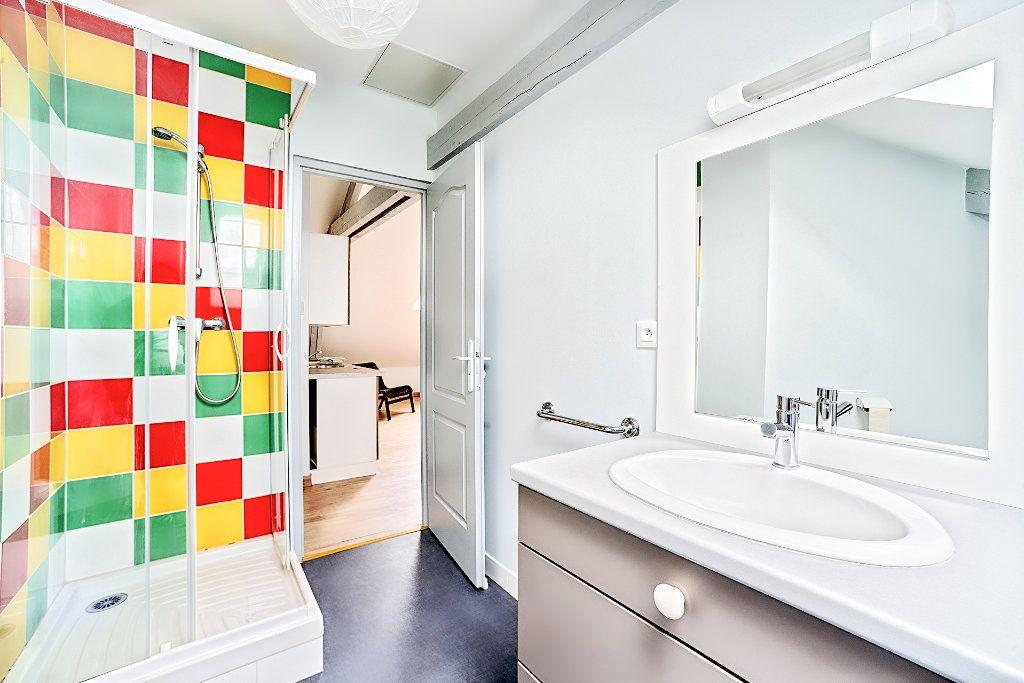 Appartement à louer 2 29m2 à Limoges vignette-9