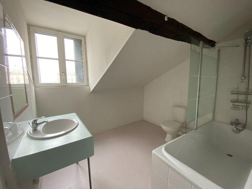 Appartement à louer 3 60m2 à Limoges vignette-6