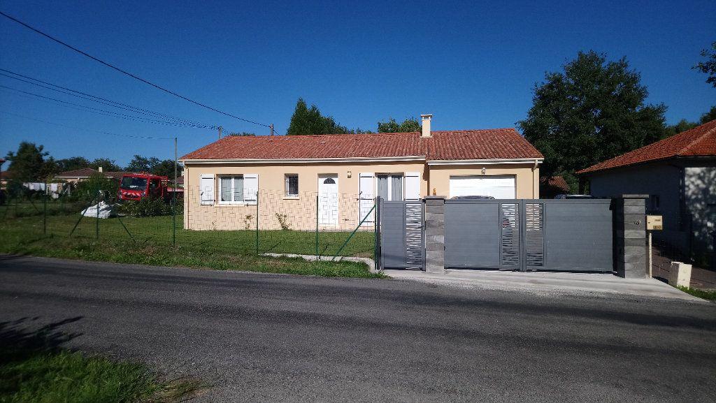Maison à louer 4 87.63m2 à Saint-Just-le-Martel vignette-1