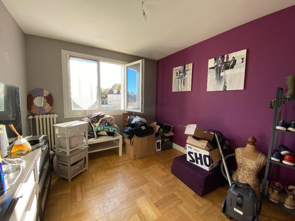 Appartement à louer 4 69.43m2 à Limoges vignette-8