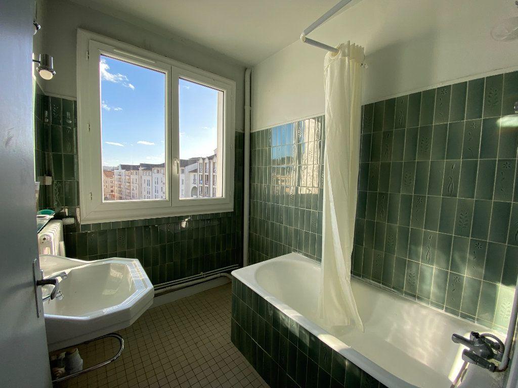 Appartement à louer 4 71.76m2 à Limoges vignette-8