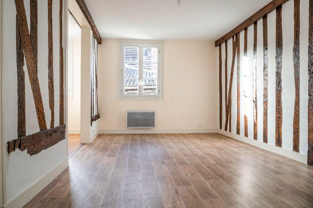 Appartement à louer 4 64.1m2 à Limoges vignette-2