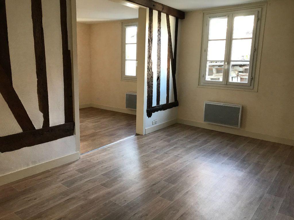 Appartement à louer 4 64.1m2 à Limoges vignette-7