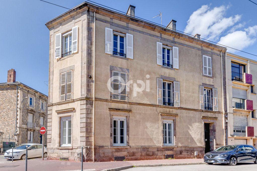 Appartement à vendre 5 125.85m2 à Limoges vignette-6