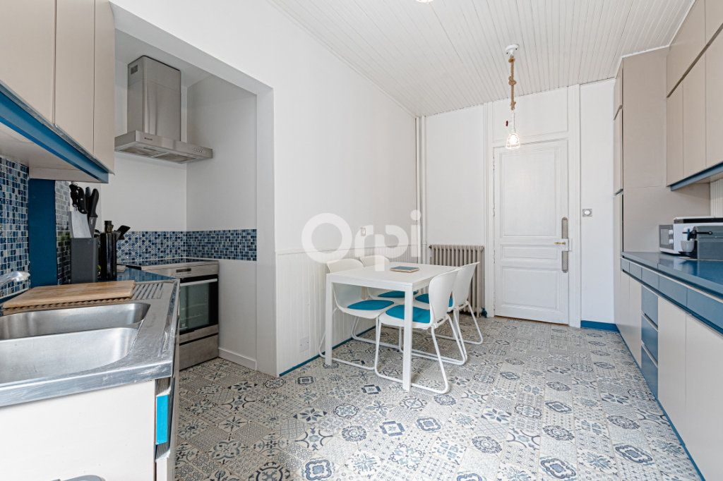 Appartement à vendre 5 125.85m2 à Limoges vignette-8