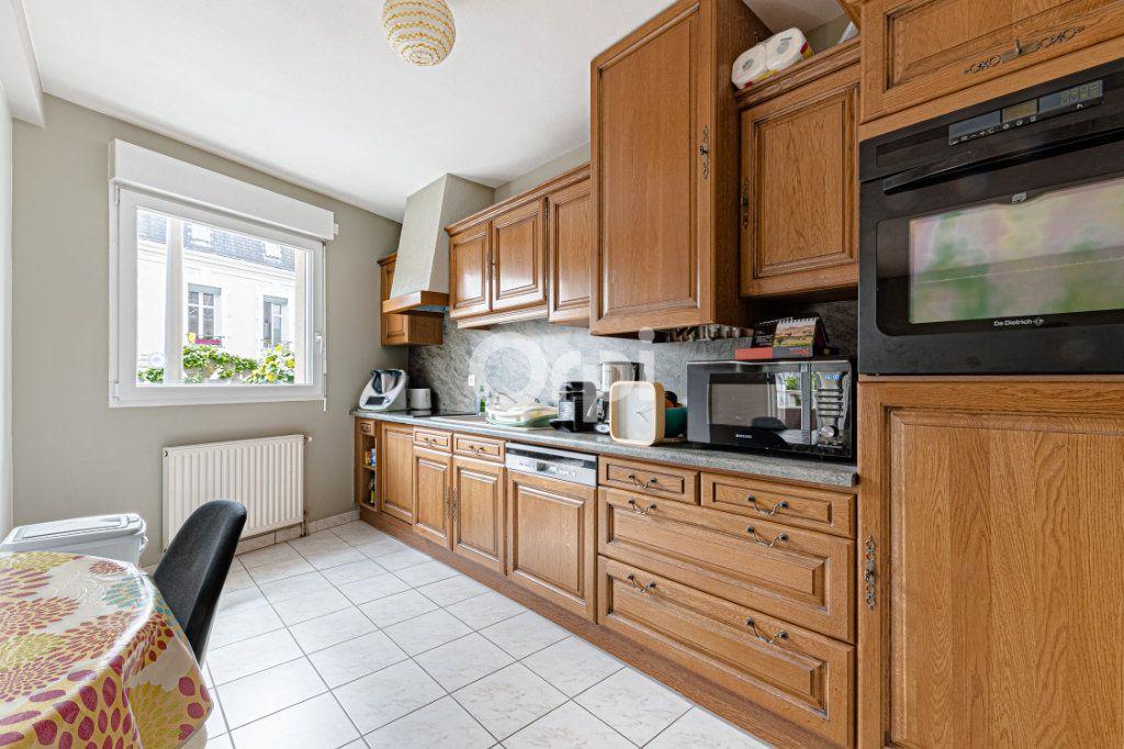 Appartement à vendre 4 97m2 à Limoges vignette-4