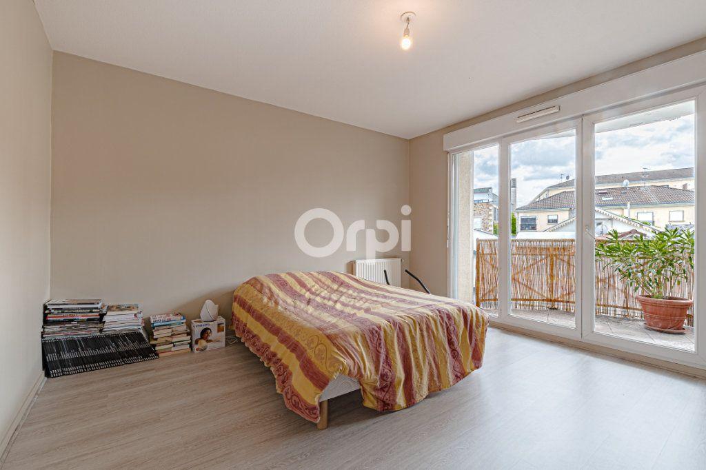 Appartement à vendre 4 97m2 à Limoges vignette-8
