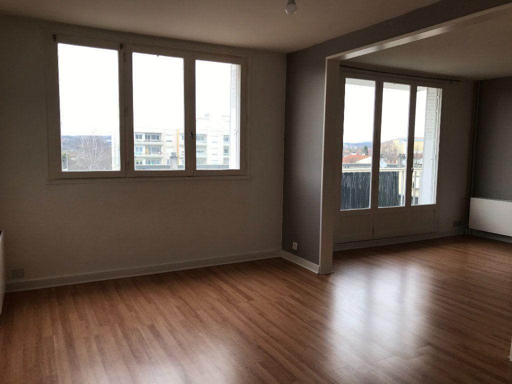 Appartement à louer 5 99.05m2 à Panazol vignette-4