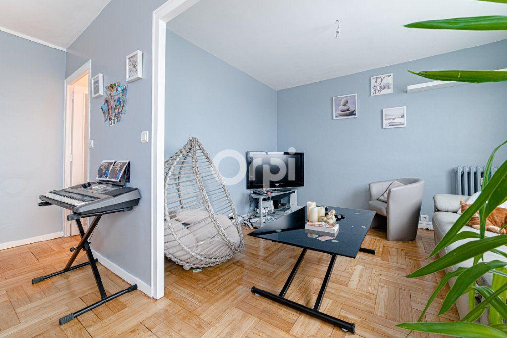 Appartement à vendre 5 78.13m2 à Limoges vignette-9