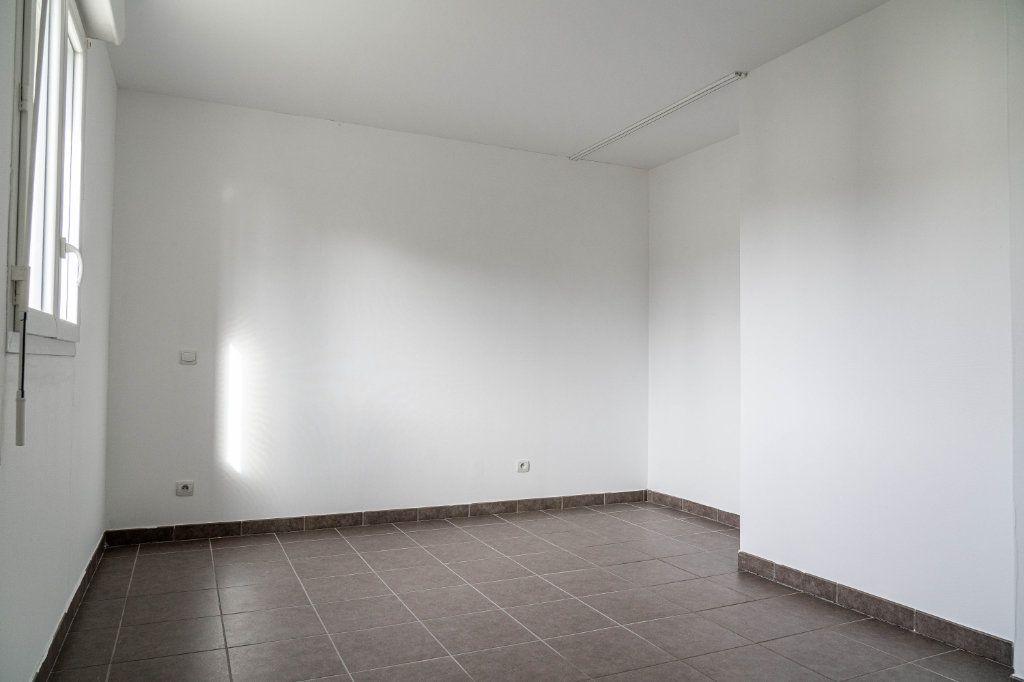 Maison à louer 4 81.89m2 à Couzeix vignette-6