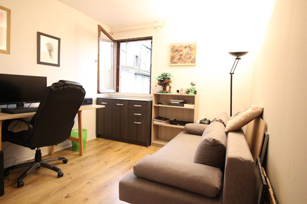 Appartement à vendre 5 97m2 à Limoges vignette-4