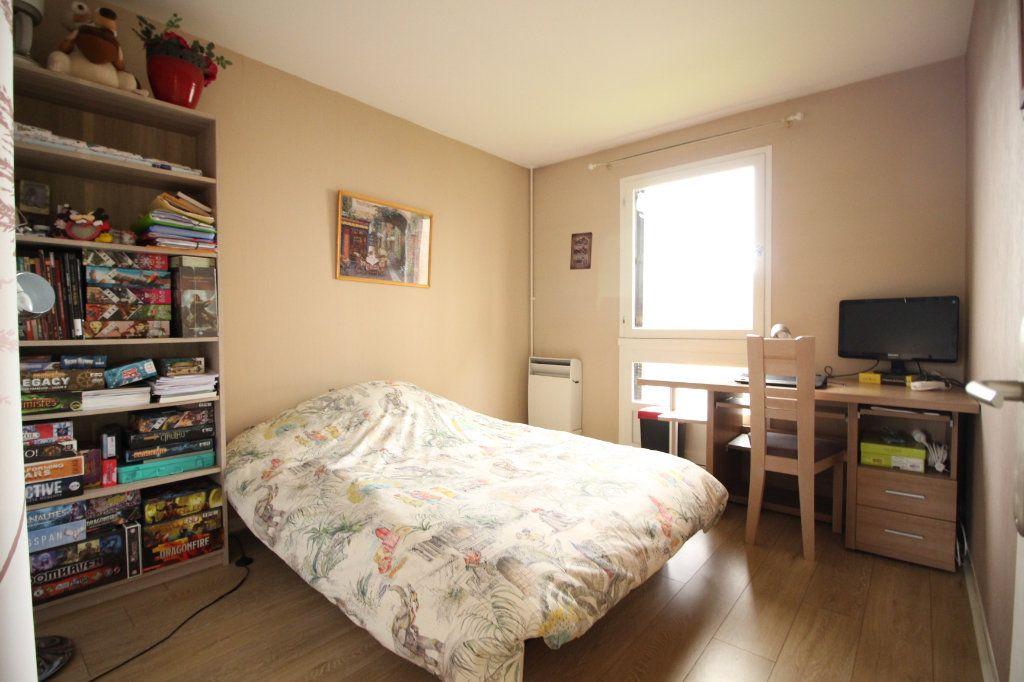 Appartement à vendre 5 97m2 à Limoges vignette-5