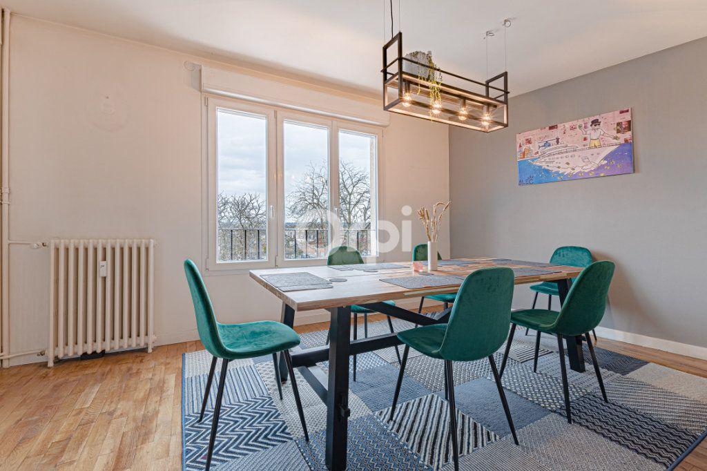Appartement à vendre 4 88m2 à Limoges vignette-2