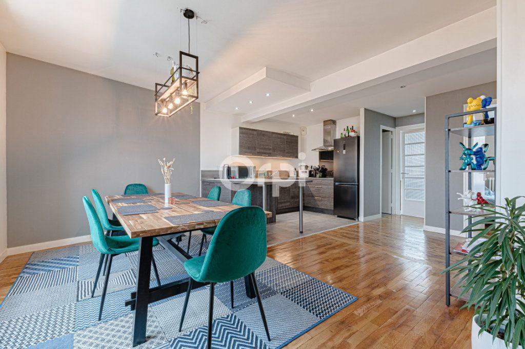 Appartement à vendre 4 88m2 à Limoges vignette-3