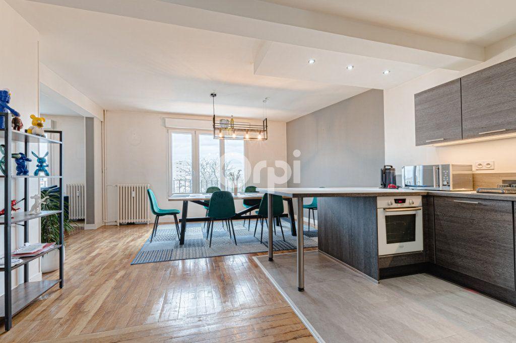 Appartement à vendre 4 88m2 à Limoges vignette-4