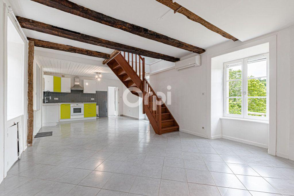 Maison à vendre 4 70m2 à Pierre-Buffière vignette-1