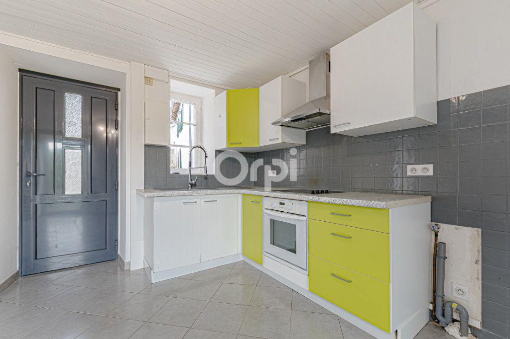 Maison à vendre 4 70m2 à Pierre-Buffière vignette-2