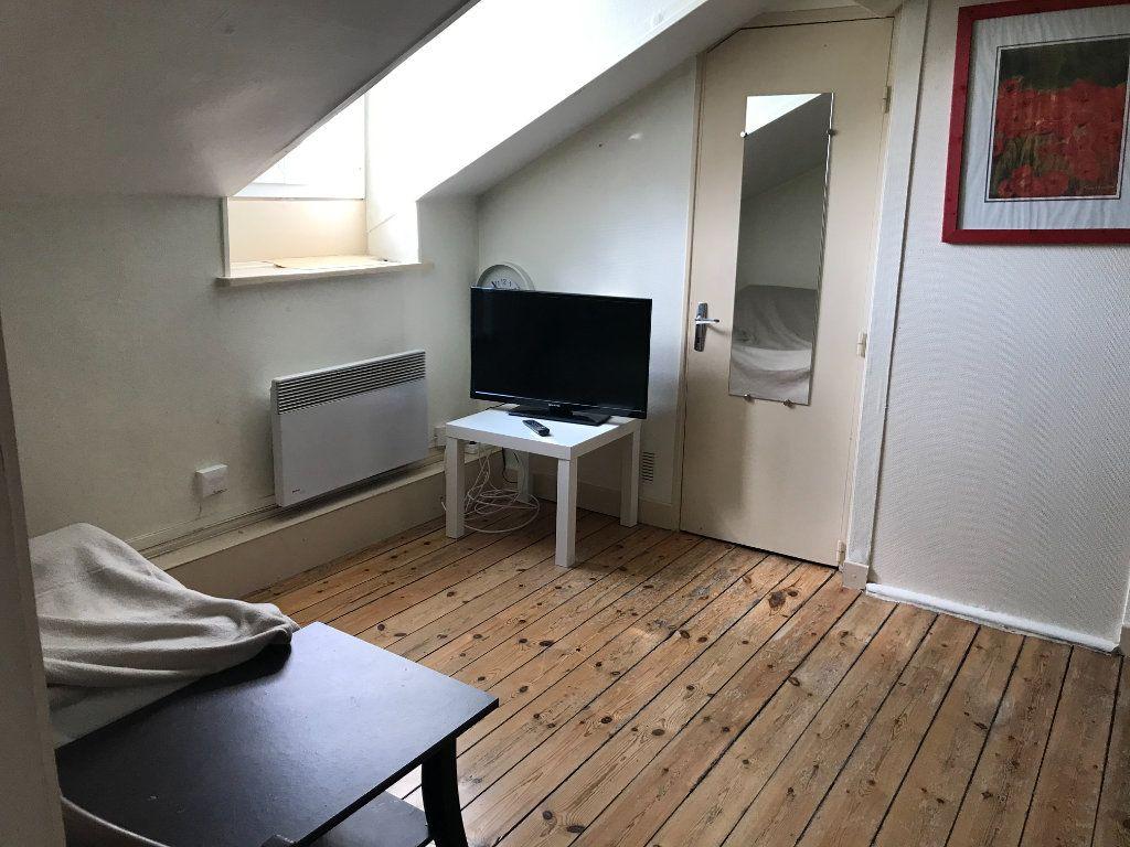 Appartement à louer 2 24m2 à Limoges vignette-1