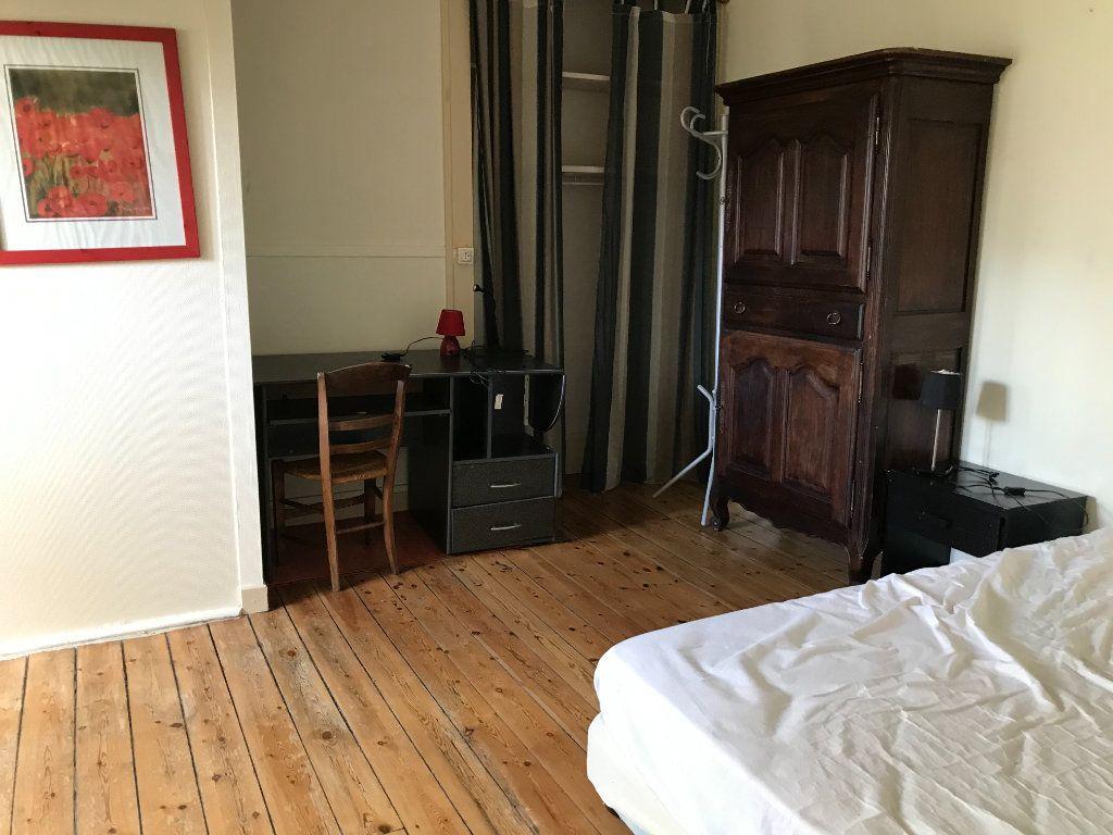 Appartement à louer 2 24m2 à Limoges vignette-3