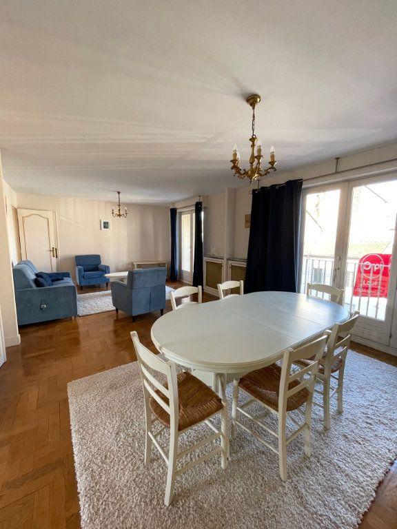 Appartement à louer 2 71.43m2 à Limoges vignette-2