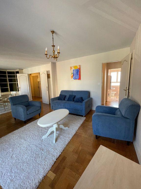 Appartement à louer 2 71.43m2 à Limoges vignette-3